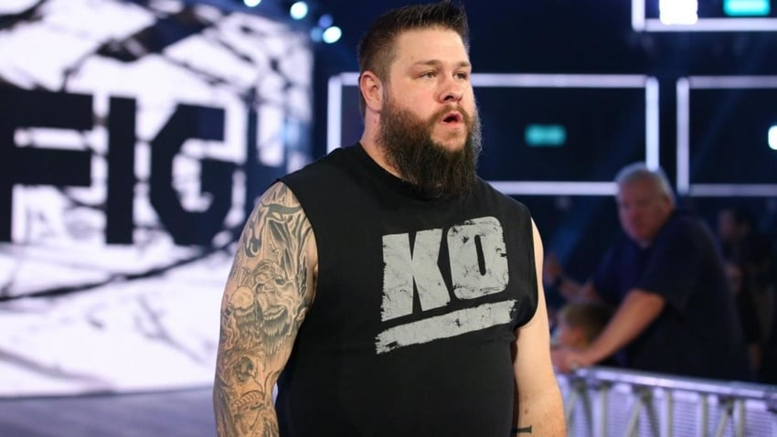 Kevin Owens says thank you to WWE staff